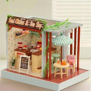 Cuteroom música ligera kit de bricolaje casa de muñecas con pollo frito cubierta de papas fritas perro modelo de tienda de bar de cerveza caliente