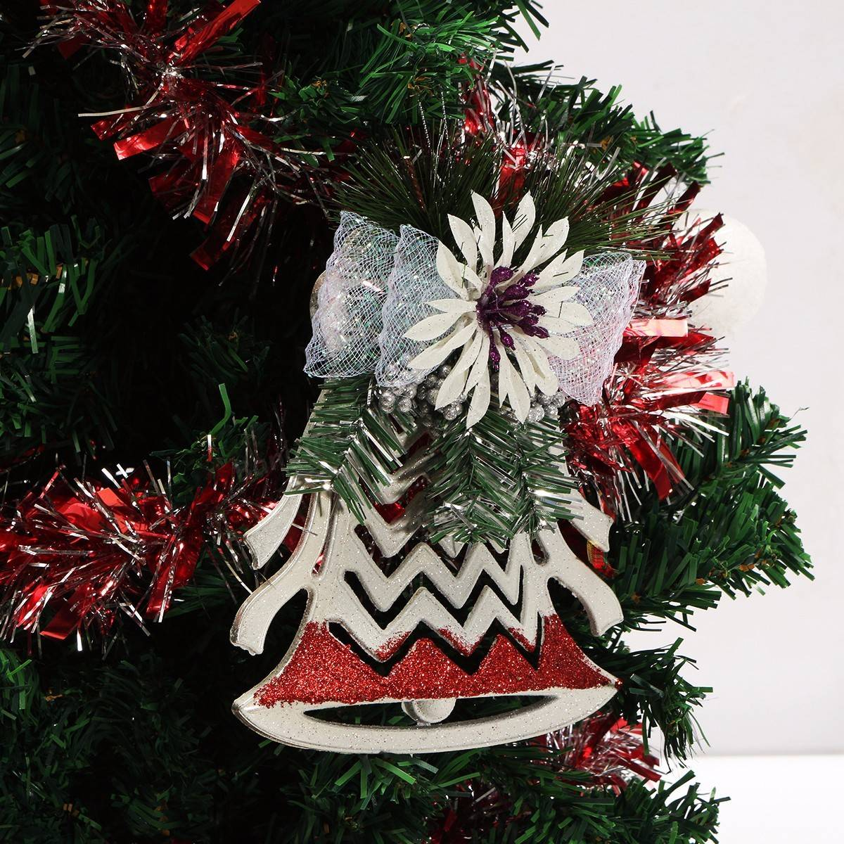 Plastic christmas tree ornaments white christmas for White xmas decorations